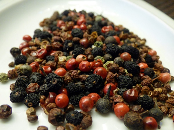 Best Types of Peppercorn to Use in Your Spice Grinder